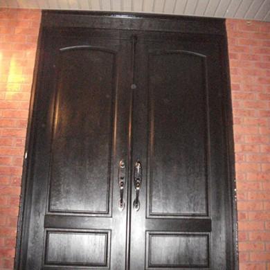 Fiberglas Wood Grain Double Doors with Multi Point Locks Installed by Fiberglass Doors Toronto