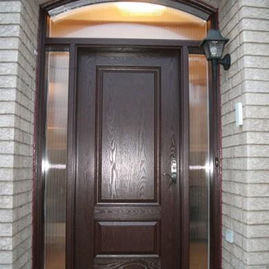 Fiberglass Doors, single woodgrain exterior door with 2 side lites and arch transom Installed by Fiberglass Doors Toronto
