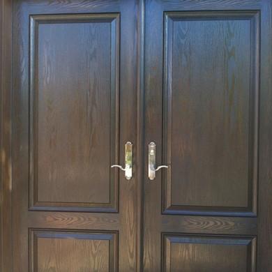 Woodgrain Fiberglass Doors with Multi Point Locks Installed by Fiberglass Doors Toronto