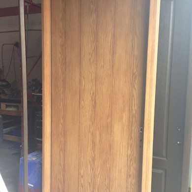 8 Foot Door-Woodgrain Rustic Door with Side Lite by Fiberglassdoorstoronto.net