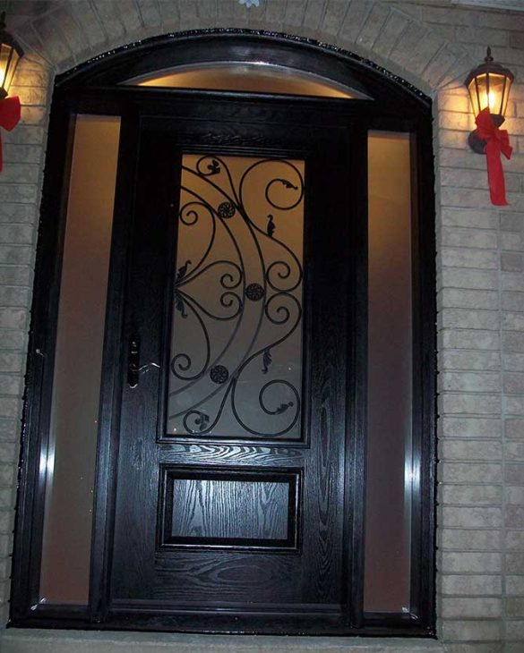 Wrought-Iron-Fiberglass-Double-Doors-with-2-Iron-Art-Side-Lites-installed-in-new-Home-in-Oakville-by-Fiberglassdoorstoronto.net_