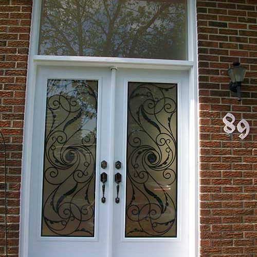 Smooth-Fiberglass-Doors-with-Multi-Point-Locks-Transom-installed-by-Fiberglass-Doors-Toronto